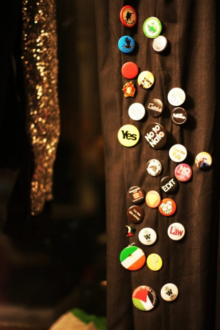 GLASGOW buttons